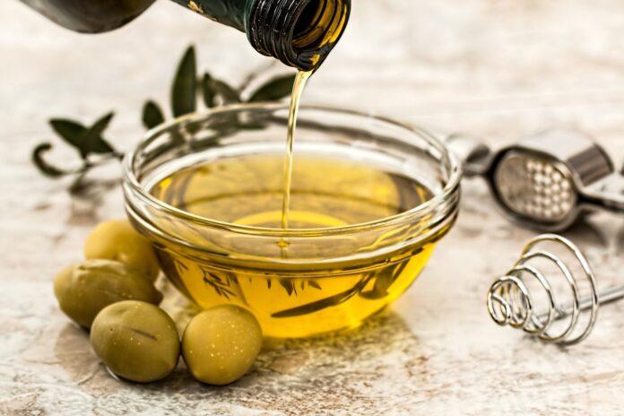 Perchè l'olio pizzica in bocca? Ecco la verità. Lo sapevi?